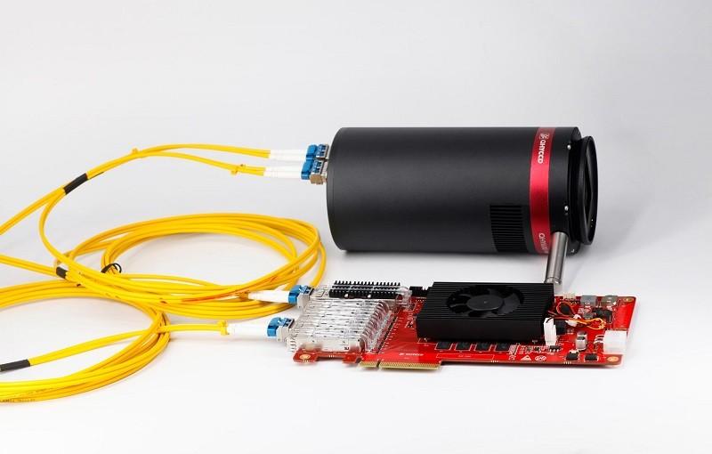 PCIE Card. Kamera ist nicht im Lieferumfang enthalten