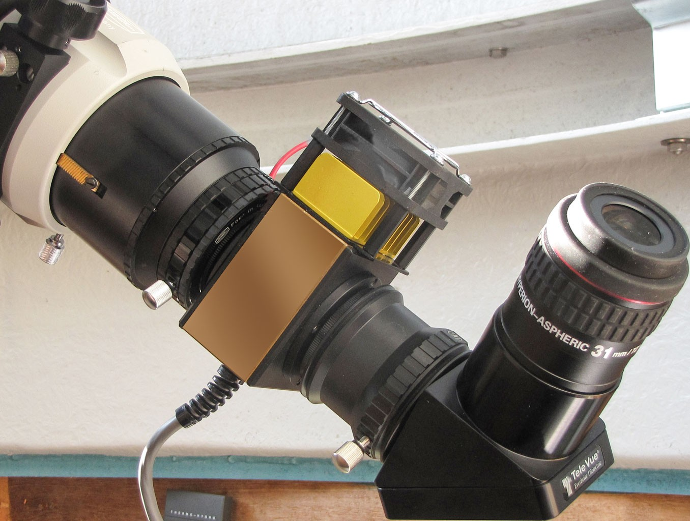 Application image: Solar Spectrum H-alpha Filter with mirror diagonal and Hyperion eyepiece
