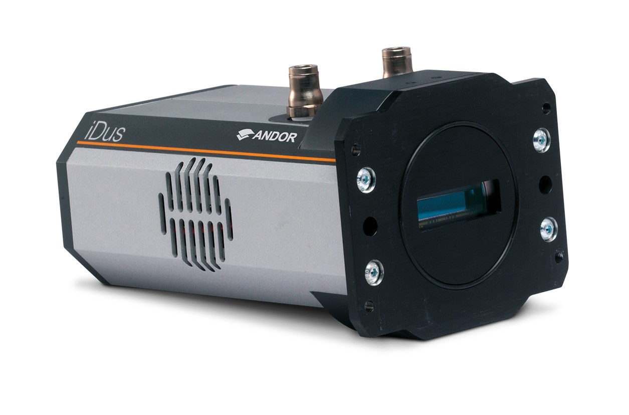 iDus 416 series: a low noise CCD for NIR spectroscopy
