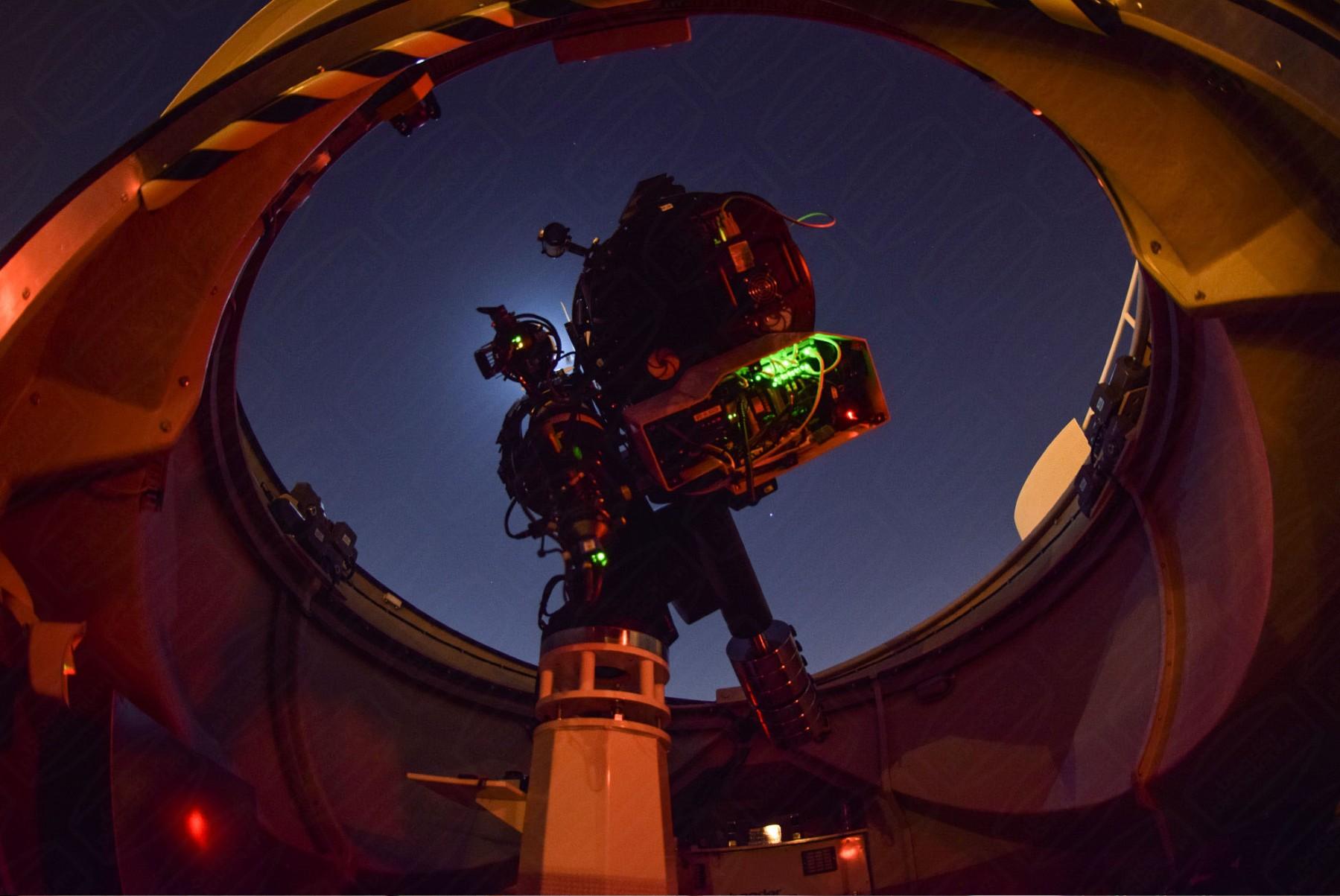Anwendungsbild: 4.5m Schlüsselfertige Sternwarte (AllSky) in Sharjah, Vereinigte Arabische Emirate